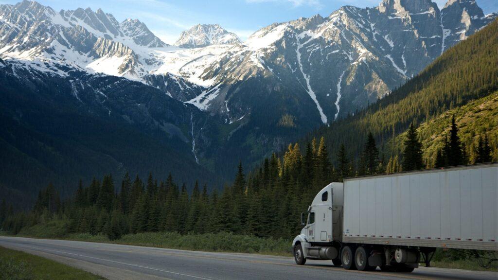 การเลือกใช้บริการขนส่งรถบรรทุก