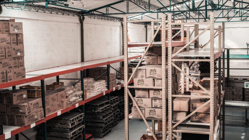 ประเภทของธุรกิจกับการใช้บริการขนส่งสินค้าทางบก